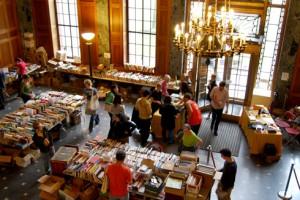 2009 book sale connection